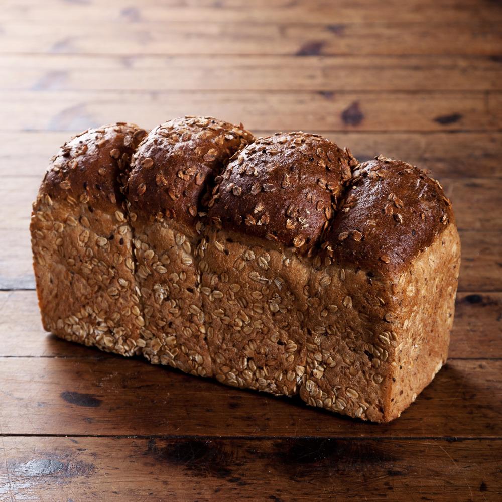 Granary Toast Loaf 890g Image