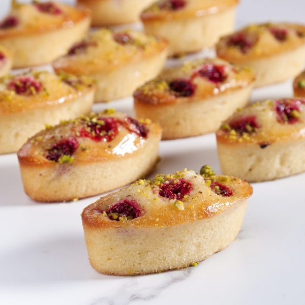 Post image for Raspberry & Pistachio Friand